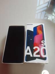 Vendo este celular A20S está novo só tem um meis de usso