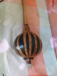 Marimba, instrumento de percussão.