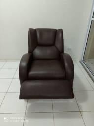 Poltrona reclinável (couro)