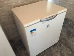 Freezer Electrolux 222 litros novo 2 meses uso