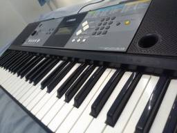 Vendo teclado ?YAMAHA prs233? 350reais
