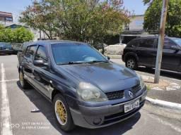 Renault Clio Sedan 2004/05 cinza