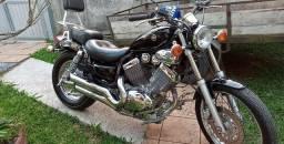 Motocicleta Virago