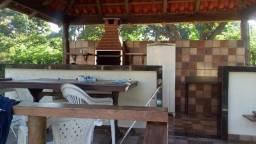 Alugo sitio para 350 reais por dia ate 10 pessoas