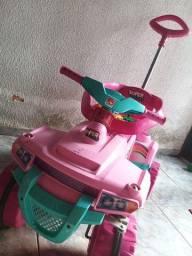 Carrinho infantil rosa