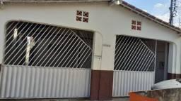 Alugo casa 2 quartos - Bairro Rio Madeira Próximo ao Superatacado Nova Era