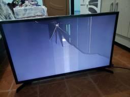 Vendo tv smart Samsung 32 polegadas,*display trincado  (nota fiscal, e garantia)