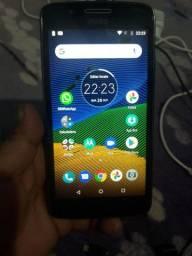 Quero vendê 2 celular um pegado outro não tá pegado os 2 por 300