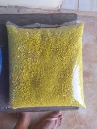Vende - se farinha D'água
