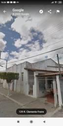 Duas Casas no centro de Poções - Bahia