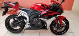 Vendo CBR600RR