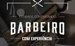 Estamos contratando barbeiro com experiência em todos os tipos de cortes
