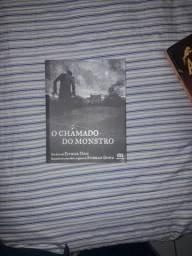Vendo esses livros cada um por 15 reais