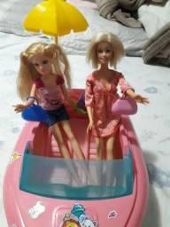 Lancha da Barbie com 2 bonecas!