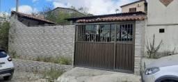Casa fora de Condomínio com 3 quartos - Ref. GM-0067