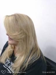 Precisa-se de cabeleireira(o) profissional