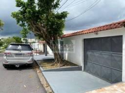 Casa Residencial ou Comercial com 3 dormitórios para alugar, 200 m² por R$ 2.800/mês