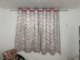 Vendo cortina Rosa Floral com VOIL