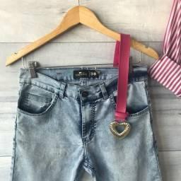Calça Jeans Clara   Cintura Alta   Seminova   Brechó