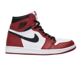 Nike Air Jordan 1 Branco e Vermelho<br><br>