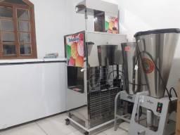 Fábrica de picolé e sorvete.