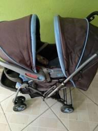 Carrinho é bebê conforto cosco