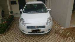 Fiat Punto Essence 1.6 completo - 2012