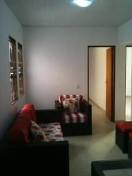 Apto/Casa 2 dorms - Lindo + Excelente Localização!!