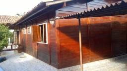 Samuel Pereira oferece: Casa RK 3ª Rua Centauros Churrasqueira Piscina 3 Quartos sendo 2 s