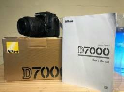 Nikon D7000 com lente de 18-55mm usada