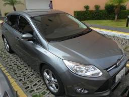 Focus Hatch - automático - Impecável - 2015