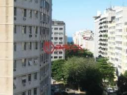 Conjunto de 10 apartamentos conjugados em Copacabana.