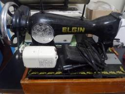 Máquina de Costura Elétrica Elgin