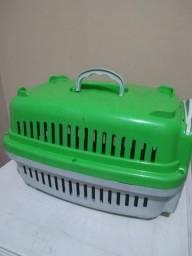 Caixa para transportar cachorros e gatos