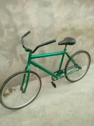 Bicicleta contra pedal usada