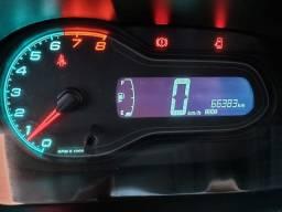 Vendo Chevrolet Onix 2016