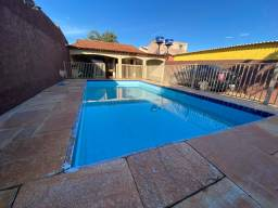 Vendo ótima casa na laje com piscina no setor sul Planaltina DF