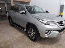 Hilux sw4 2016 7 lugares .