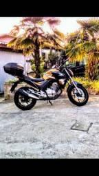 Moto Twister cb250