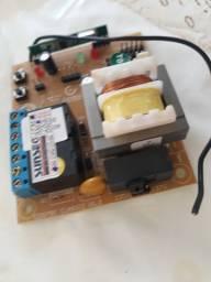 Placa para motor de portão automático em 4 X no cartão - instalado