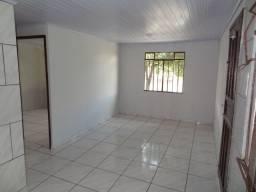 Casa de alvenaria em condomínio fechado, Santa Candida