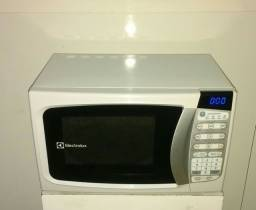 Microondas Electrolux 220v (Nota Fiscal)