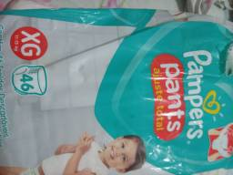 Fralda Pampers Pants XG