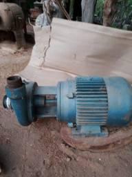 Motor 12cv trifásica e bomba 30mil litros/hora