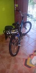 Bicicleta Houston aro 24 com garupa, apoios e retrovisor bolinha