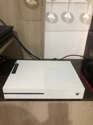 Xbox one S impecável!