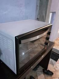 2 fornos elétrico  e 1 Friser por 750,00