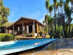Velleda oferece lindo sítio 1600m² condomínio fechado casa galpão e piscina