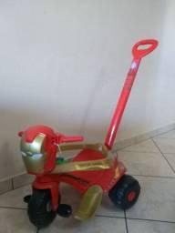 Triciclo homem de ferro