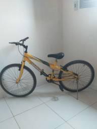 Bicicleta - Semi nova